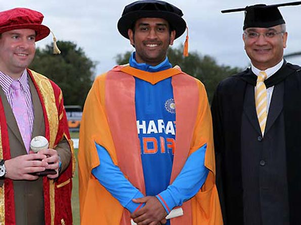 MS Dhoni honored by DMU
