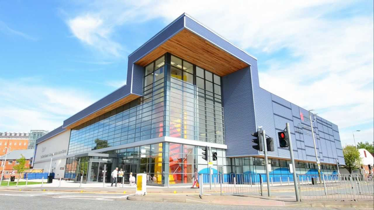 De Montfort University Campus Popular Courses Alumni